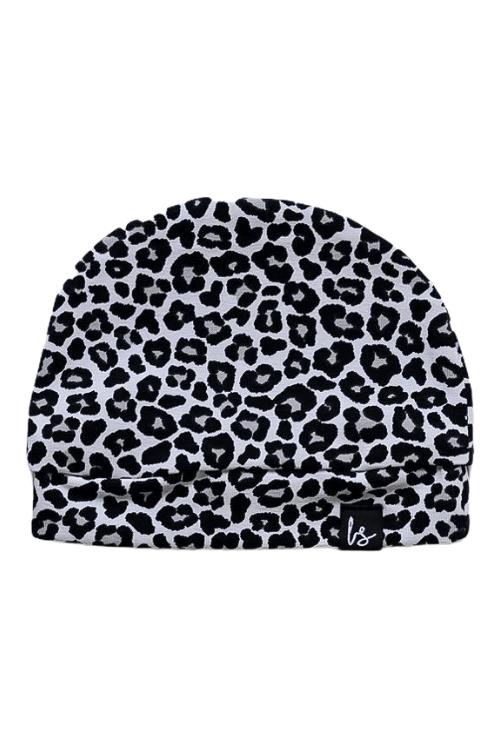 Leopard mutsje (wit) (small print)